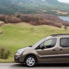 Take a drive in the coutryside with one of our wheelchair accessible vehicles.