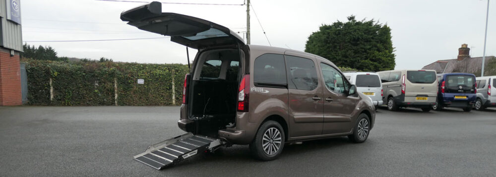 Mobility Nationwide | Used Wheelchair Accessible Vehicles | Partner ramp