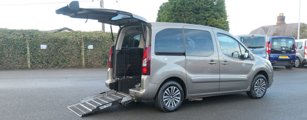 Mobility Nationwide | Used Wheelchair Accessible Vehicles | Peugeot Partner ramp extended