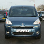 Mobility Nationwide   Used Wheelchair Accessible Vehicles   Blie partner front view