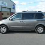 Mobility Nationwide   Used Wheelchair Accessible Vehicles   Kia Sedona side view