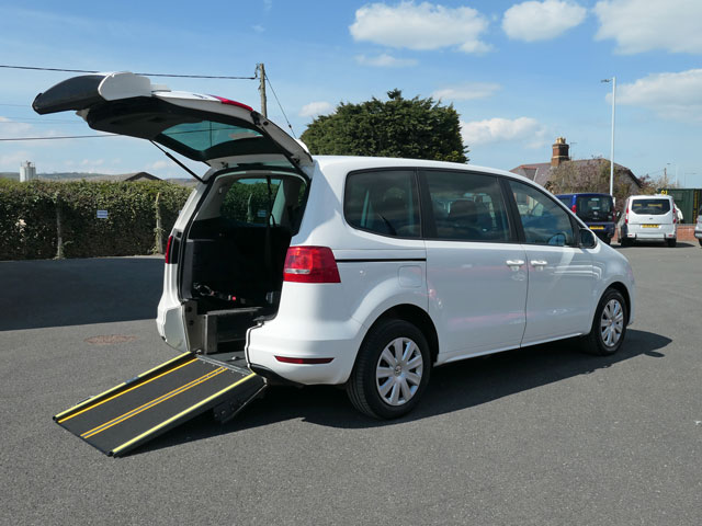 Mobility Nationwide   Used Wheelchair Accessible Vehicles   VW Sharan side view of ramp
