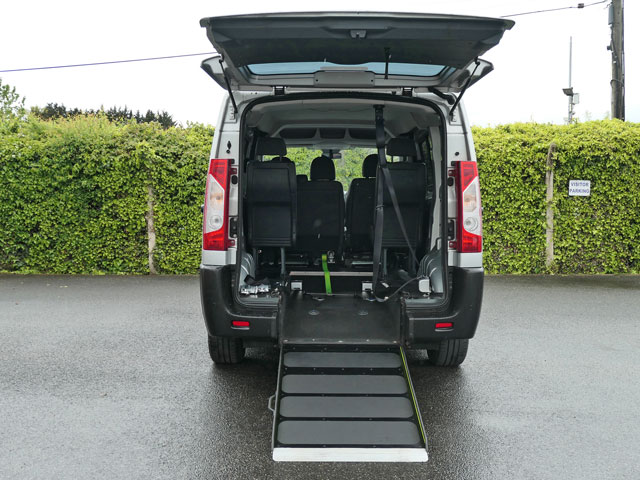 Mobility Nationwide   Used Wheelchair Accessible Vehicles   Pegeuot Expert ramp to back