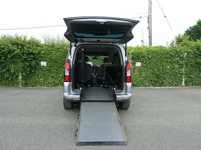 Mobility Nationwide   Used Wheelchair Accessible Vehicles   Citroen Berlingo ramp to back