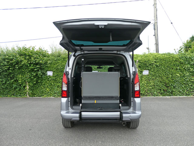 Mobility Nationwide   Used Wheelchair Accessible Vehicles   Citroen Berlingo ramp stowed