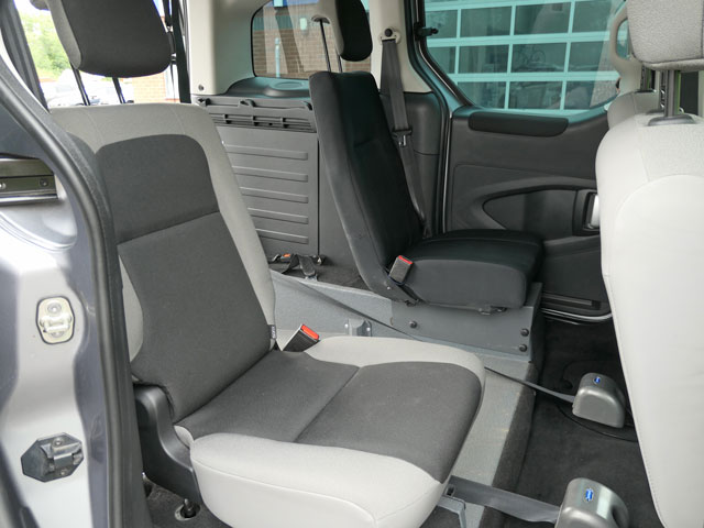 Mobility Nationwide   Used Wheelchair Accessible Vehicles   Citroen Berlingo rear seats