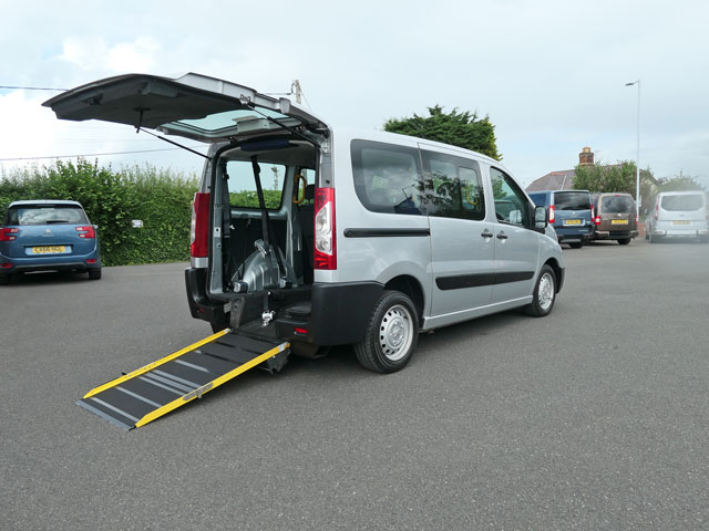 Mobility Nationwide | Used Wheelchair Accessible Vehicles | Peugeot Expert side view of ramp