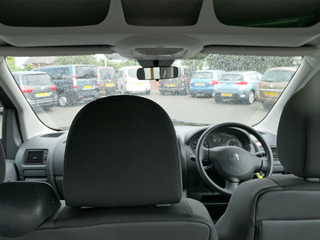 Mobility Nationwide   Used Wheelchair Accessible Vehicles   Peugeot Expert view from wheelchair