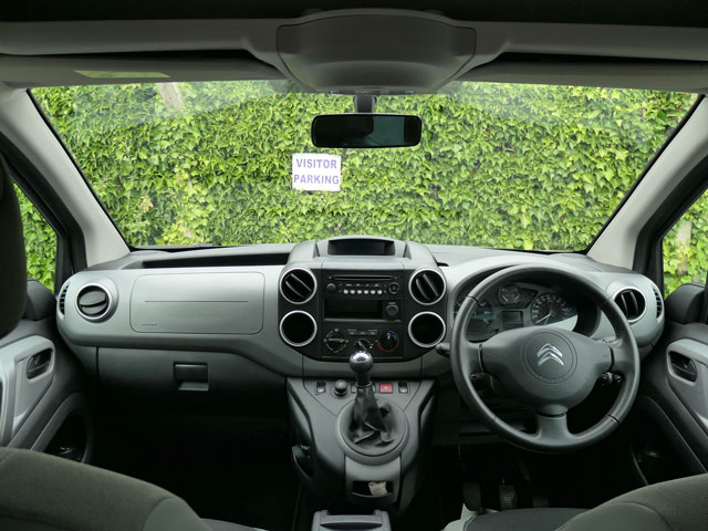 Mobility Nationwide   Used Wheelchair Accessible Vehicles   Citroen Berlingo view from wheelchair location