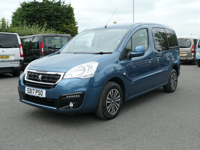Mobility Nationwide | Used Wheelchair Accessible Vehicles | Peugeot Partner front side