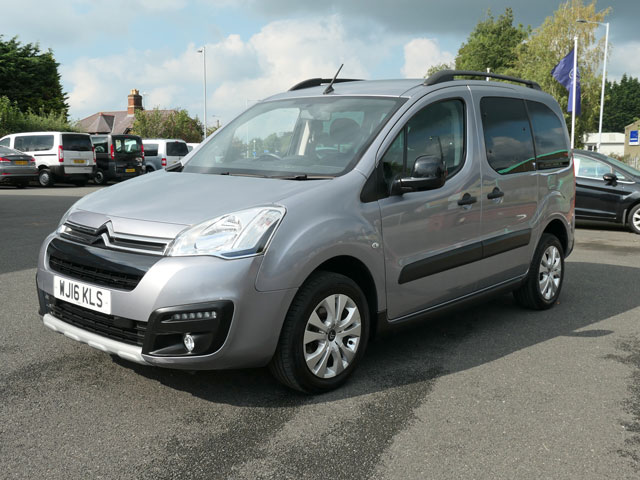 Mobility Nationwide   Used Wheelchair Accessible Vehicles   Front side Berlingo