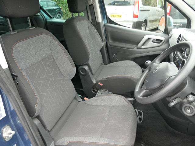 Mobility Nationwide | Used Wheelchair Accessible Vehicles | Peugeot Partner front seats