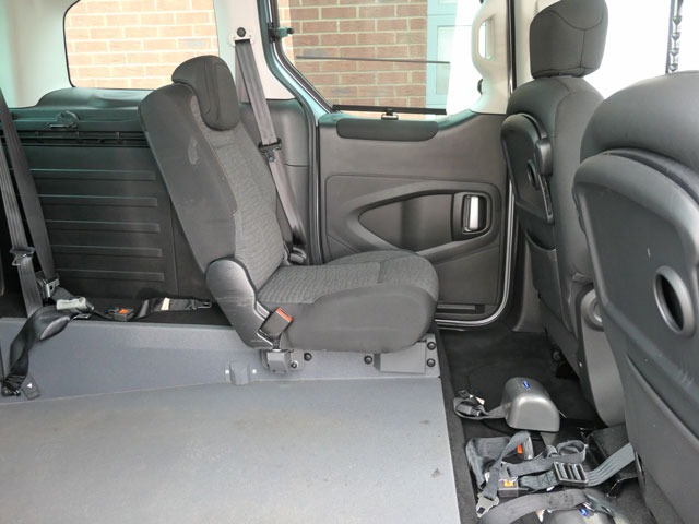 Mobility Nationwide   Used Wheelchair Accessible Vehicles   Berlingo rear seat