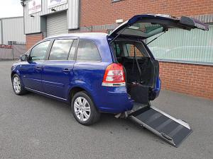 Wheelchair accessible Vauxhall Zafira